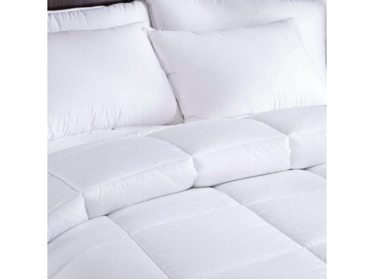Демисезонное одеяло U-TEK. Comfort Night Микросатин на Light Silk